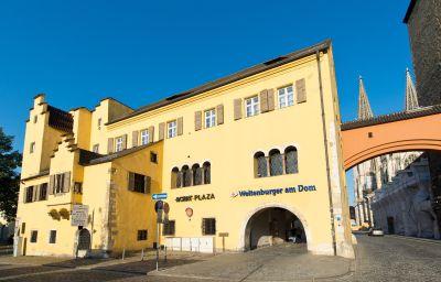 ACHAT_Plaza_Herzog_am_Dom-Regensburg-Aussenansicht