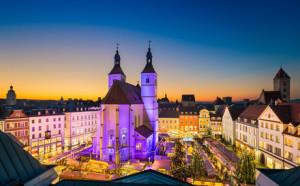 Weihnachtsmarkt in Regensburg am Neupfarrplatz